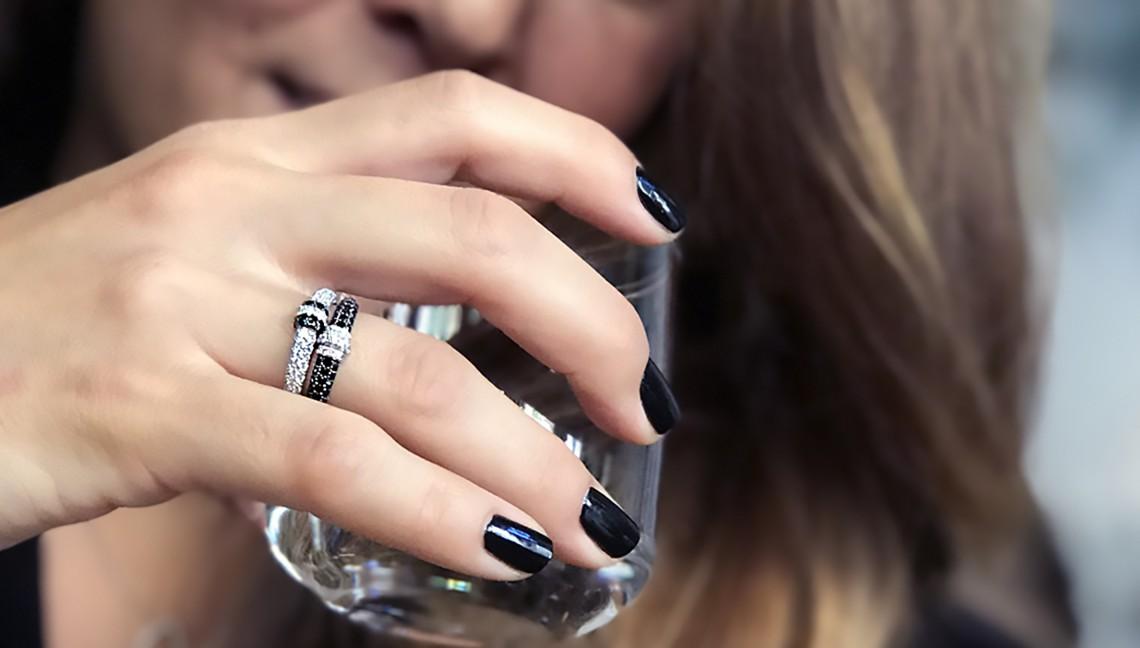 Černé a bílé diamanty