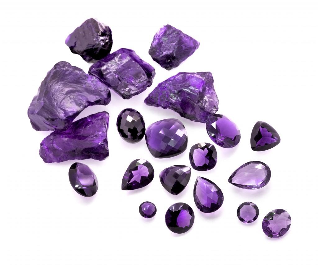 fialove-kameny