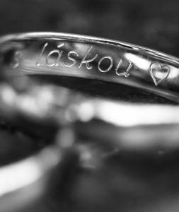 Rytina na prsten