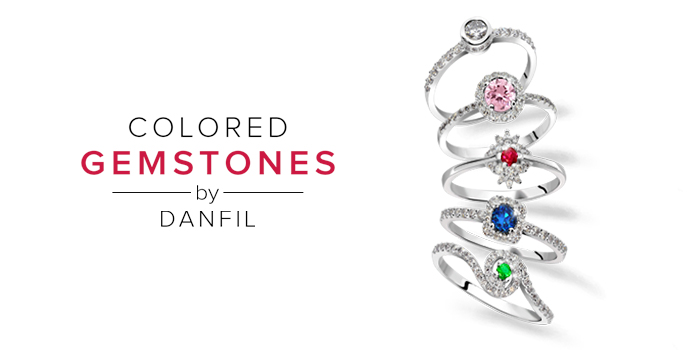 šperky s barevnými drahokamy
